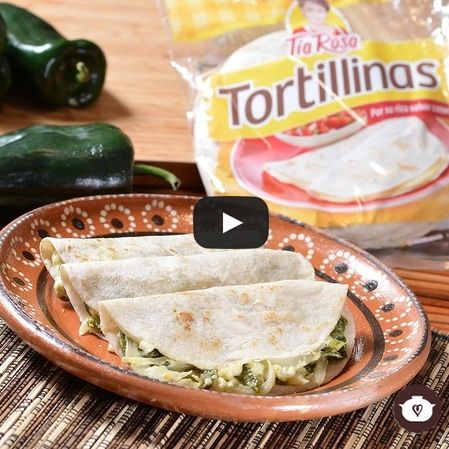 Quesadillas de poblano con queso